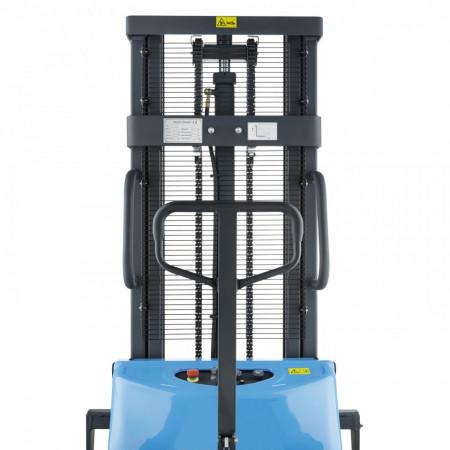 Poze BDA1516 Stivuitor semi-electric, capacitate 1.500 kg., inaltime de ridcare pina la 1.600 mm ( 2.500, 3.000, 3500 sau 4.000 mm )