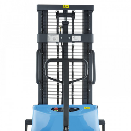 Poze BDA1530 Stivuitor semi-electric, capacitate 1.500 kg., inaltime de ridcare pina la 3.000 mm