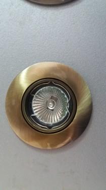Slika LXA-112 AB  Ugradna rozetna staro zlato
