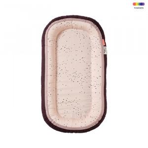 Baby nest roz din bumbac si spuma poliuretanica 12x93 cm Dots Done by Deer