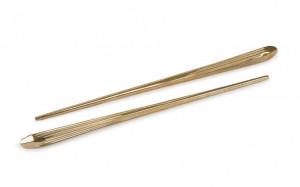 Set 2 betisoare chinezesti din alama 21 cm Chopstick Seletti