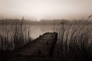 Tapet din hartie cu fibre de nailon Misty Lake Rebel Walls