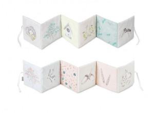 Carte cu ilustratii din bumbac Soft Forest Cam Cam