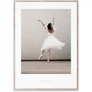 Tablou cu rama stejar Essence of Ballet 03 Paper Collective