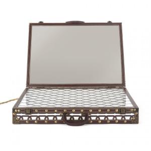 Oglinda dreptunghiulara din plexiglas si MDF cu LED 60x48 cm Lighting Suitcase Seletti