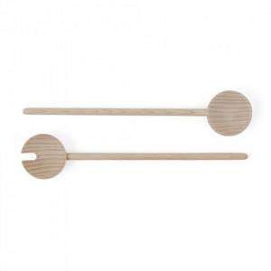 Set lingura si furculita pentru salata maro din lemn Yumi Oyoy