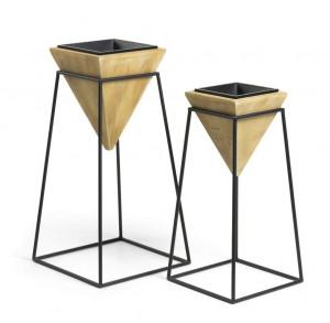 Set 2 ghivece aurii cu suport negru din lemn si metal Star La Forma