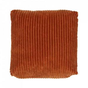 Perna decorativa patrata maro din catifea 45x45 cm Edge Be Pure Home