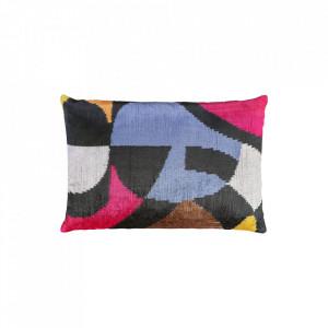 Perna decorativa dreptunghiulara multicolora din catifea 40x60 cm Ikat Geometric Versmissen