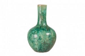 Vaza verde din ceramica Akiko Versmissen