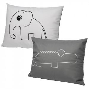 Perna decorativa dreptunghiulara gri din bumbac si poliester pentru copii 35x45 cm Hippo Done by Deer