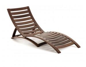 Sezlong maro din lemn Lucien La Forma