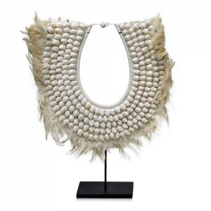 Decoratiune crem din scoici si pene 66 cm Necklace Versmissen