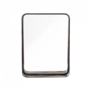 Oglinda dreptunghiulara din fier 46x60 cm Indy Bloomingville