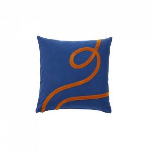 Perna decorativa patrata albastra/portocalie din bumbac 50x50 cm Blue Cotton Hubsch