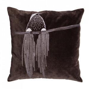 Perna decorativa patrata maro din catifea 50x50 cm Coco Woood