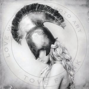 Poster 100x100 cm tyvek Stella Love Warriors