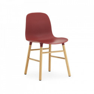 Scaun dining maro/rosu din lemn si polipropilena Form Normann Copenhagen