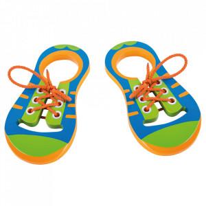 Jucarie de indemanare din lemn Lacing Shoes Small Foot