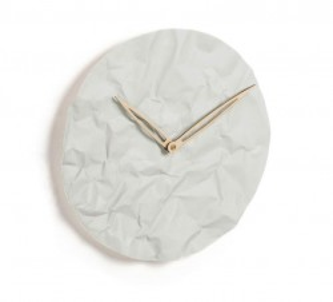 Ceas rotund alb din ciment 32 cm Cristela La Forma