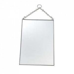 Oglinda dreptunghiulara argintie din fier si sticla 20x30 cm Keri Madam Stoltz