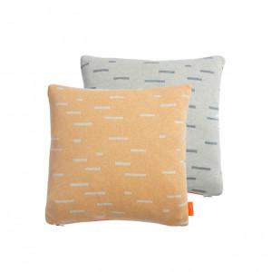 Perna decorativa patrata portocalie/gri din bumbac 40x40 cm Smilla Oyoy