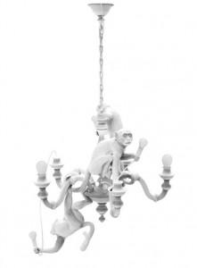 Candelabru alb din rasina cu 5 LED-uri Monkey Seletti