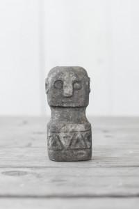 Decoratiune din piatra Papua Stone XS Love Warriors