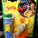 Blister cu jucarii cu care se fac baloane de sapun si tub 40ml solutie baloane sapun Pustefix