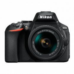 Nikon D5600 Kit AF-P 18-55mm VR (black)