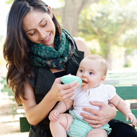 Tacâm bebeluș, BOON. Lingurita cu rezervor SQUIRT, roz