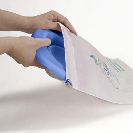 Liner reutilizabil de silicon pentru olita portabila 2 in 1 Potette Plus - culoare albastru