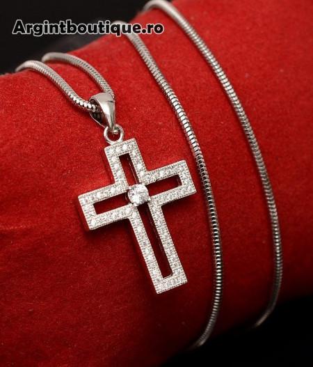 Lantisor Din Argint Si Cruciulita Arg137