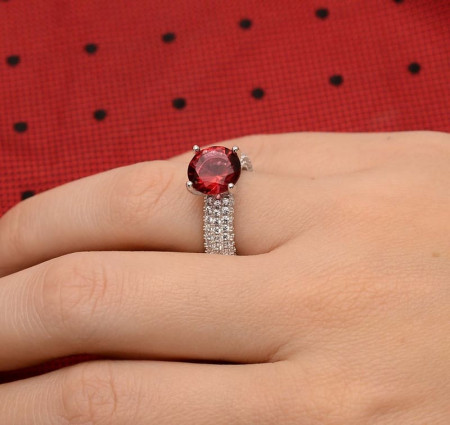 Inel din argint Perfect Engagement Ring Red Round Diamond ARG210