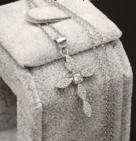 Lantisor Finut Din Argint Si Cruciulita Arg103