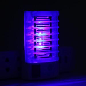 Lampă de noapte eficientă cu 4 LED-uri pentru țânțari