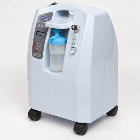 Slika Dostupno Oxygen concentrator on casters OxyBreath Mini 3