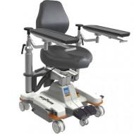 Mobile surgeon's chair / height-adjustable surgiForce light