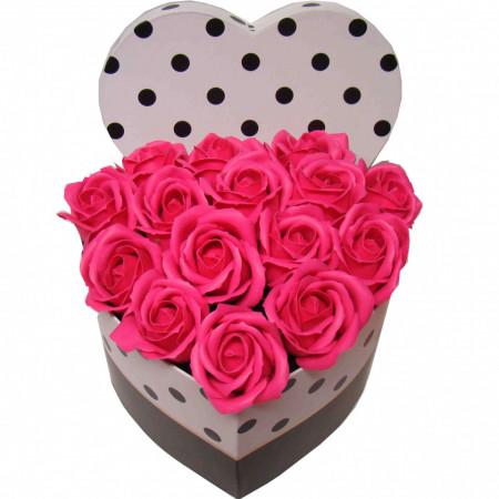 Aranjament trandafiri de sapun roz in cutie inima