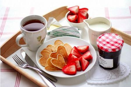 Masuta laptop sau Tava mic dejun I LOVE MY HOME