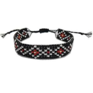 Bratara-martisor din margele tesute manual Dar cu dor - motiv traditional romburi inlantuite negru si rosu