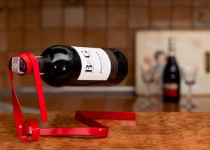 Suport panglica pentru sticla de vin