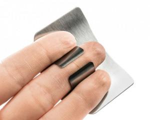 Scut antitaiere pentru degete si manichiura