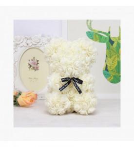 Ursulet romantic decorat cu miniroze albe - Rose Bear