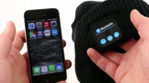 Caciula Bluetooth cu casti, microfon cu functie handsfree si baterie reincarcabila