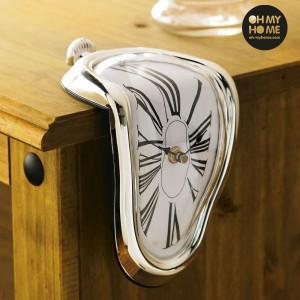 Ceas Salvador Dali - timpul se topeste