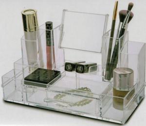 Organizator machiaje si cosmetice cu 13 compartimente si oglinda