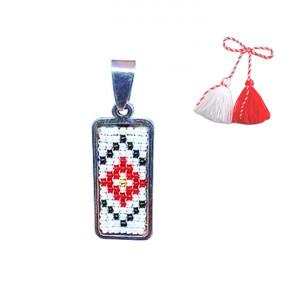 Pandantiv din inox cu margele cusute manual Dar cu dor - motiv traditional romburi rosu alb negru