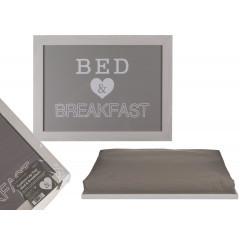 Masuta laptop sau Tava mic dejun Bed&Breakfast