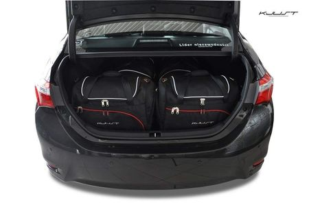 Toyota Corolla Limuzina 2013+ Set de 4 bagaje